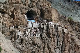 phugtal gompa (offbeat destinations)